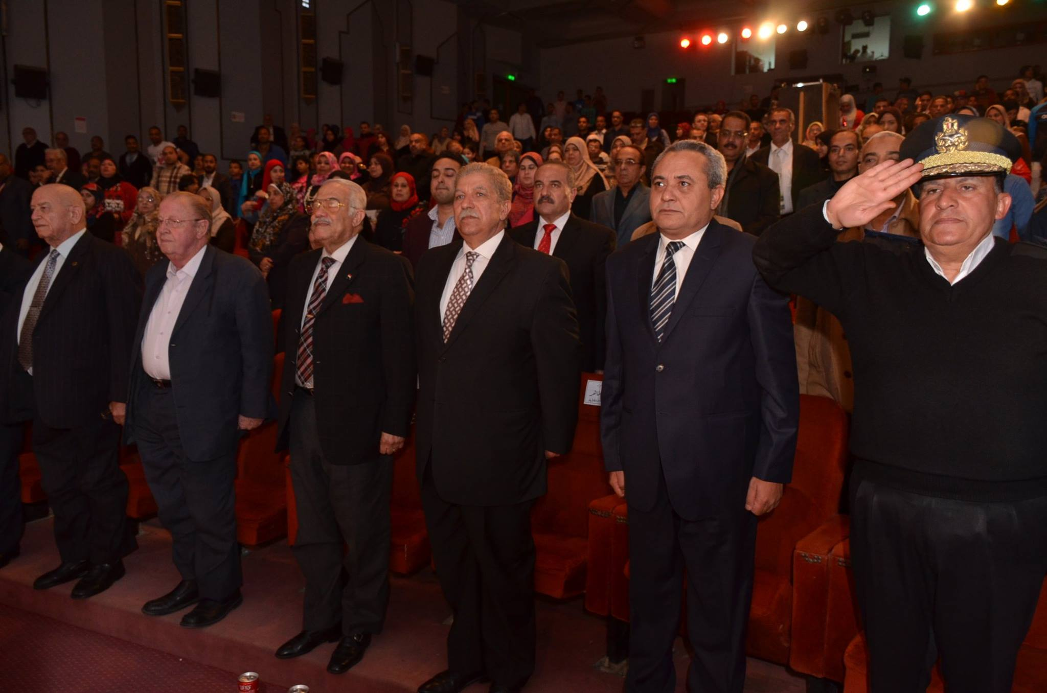 المحافظ يشهد الاحتفال بيوم الشهيد