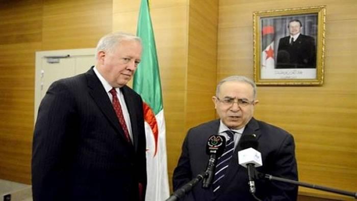 أمريكا تسعى  لاقناع الجزائر بدعم التدخل العسكري في ليبيا