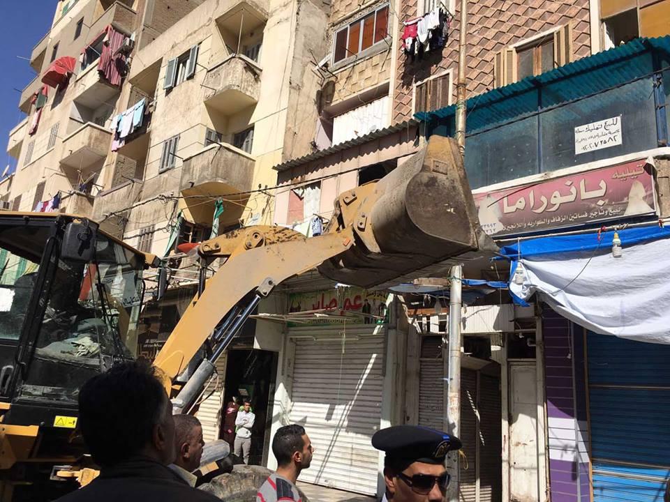 لقضاء علي ظاهرة التعدي علي الطريق العام بمحافظة الاسكندرية