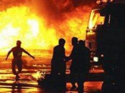 (عاجل) حريق هائل بمخزن أخشاب بمدينة طامية بالفيوم
