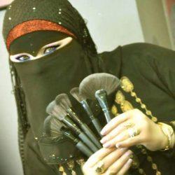 """خبيرة التجميل البورسعيدية """" مدام شوشو """" .. أستطيع أن أنافس الطبيب النفسي بطريقتي المميزة فى المكياج"""