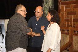 بالصور حضور نجوم الفن ورجال المجتمع لعزاء المخرج الراحل محمد خان