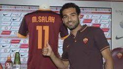 تشيلسي يعلن بيع لاعبه المصري صلاح لروما نهائياً