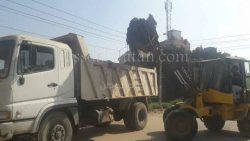 بالصور..رفع 100 طن قمامة فى حملة نظافة بالقناطر الخيرية