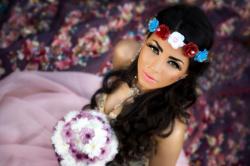 دوللي شاهين تطرح ألبوم «سندريلا»