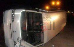 إصابة 13 شخصاً فى إنقلاب سيارة على الطريق الدولى الساحلى بشمال سيناء