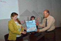 رئيسة هيئة مكتب سفراء السلام في زيارة قصيرة بمدينة الاقصر
