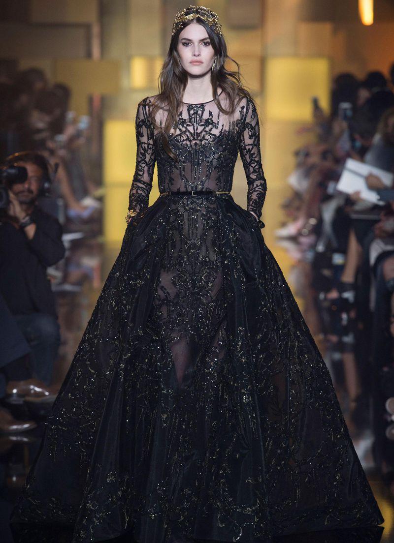 88842df75c1fc تألقي بجاذبية الملكات مع فستان السهرة بأناقة و سحر اللون الأسود ...