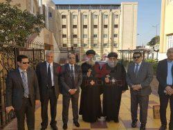 بابا الإسكندرية يرسل موفده للإطمئنان على صحة مصابى الروضه بالإسماعيلية