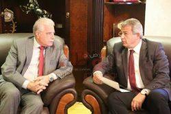 وزير الشباب والرياضة يستقبل محافظ جنوب سيناء.