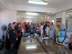 بالصور…سكرتير محافظة الغربية يتفقد معرض السلع الغذائية فى طنطا