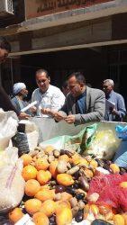 ضبط كميات من المواد الغذائية منتهية الصلاحية بمركز المنشاة فى سوهاج