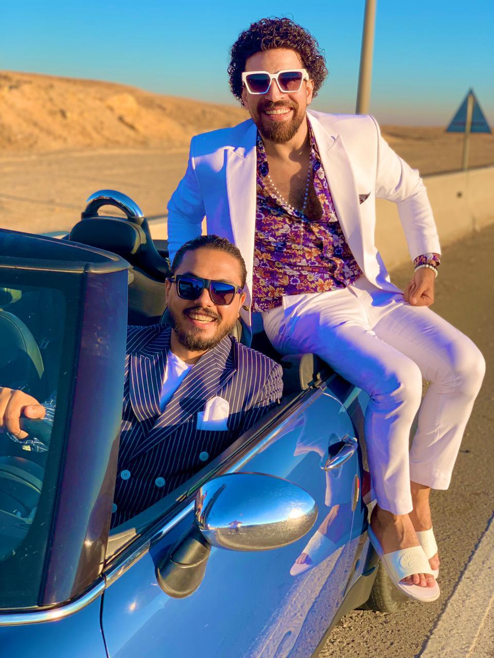 """عبد الله الصغير وأحمد النجار … يطرحان كليب """" أضحك خليك فريش """" أول أيام العيد"""