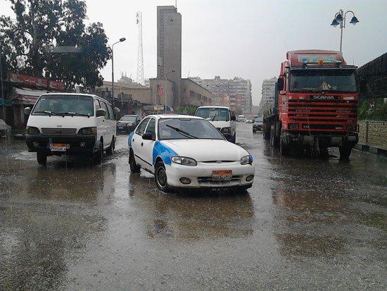 4201612135946688الأمطار-تغرق-شوارع-بورسعيد-(1)