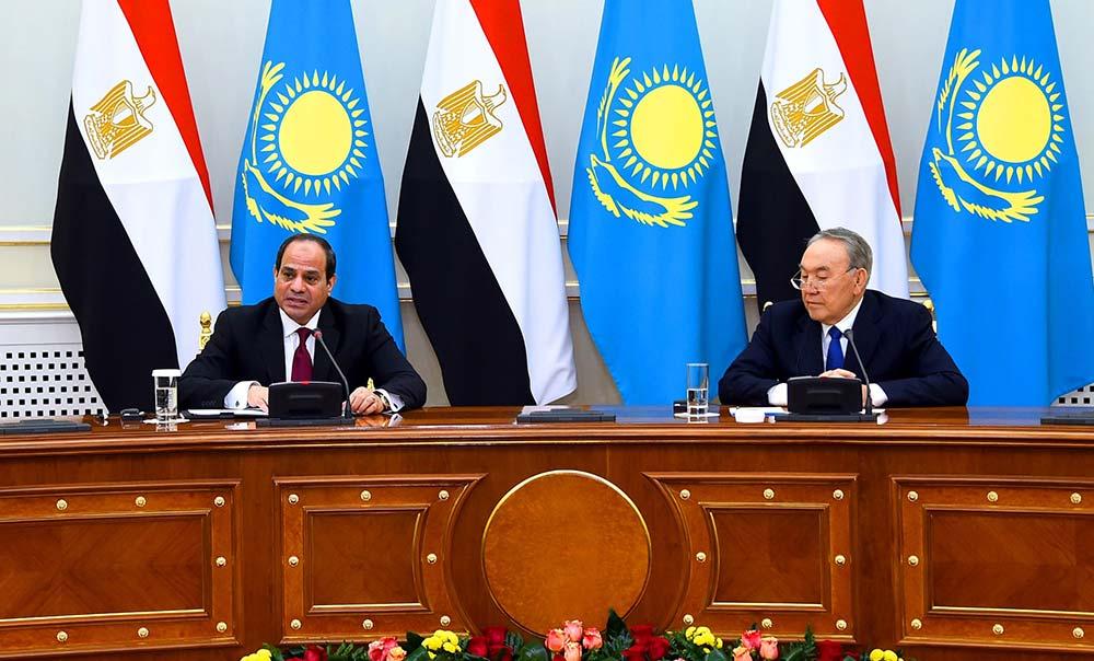 """الرئيس الكازاخي :  يتابع إطلاق مصر لاستراتيجية التنمية المستدامة """"رؤية مصر 2030"""