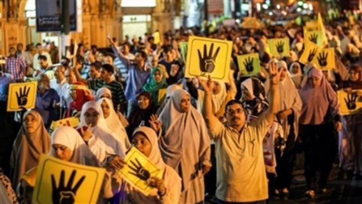 أضراب قيادات جماعة الإخوان الإرهابية عن الطعام